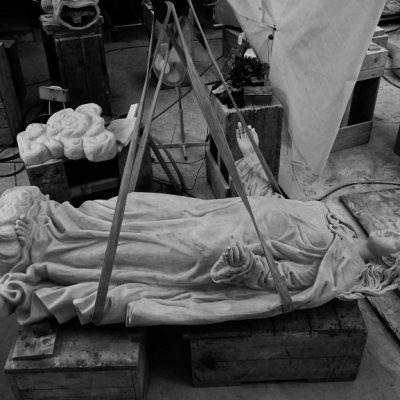 marco augusto duenas artista mosti art sculptures laboratorio lavorazione marmo massa carrara alessandro mosti