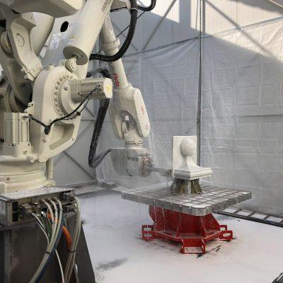 robot definisce scultura